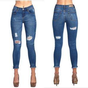 Medium Wash Frayed Bottom Jeans| MAKE A OFFERm